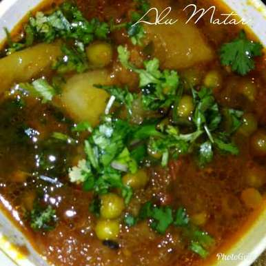 Photo of Aloo Matar (Potato n peas in tomato gravy) by Supriya Bhatia at BetterButter