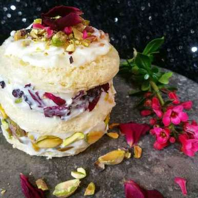 Photo of Bread se bani mini arebian cake by Swapna Sunil at BetterButter