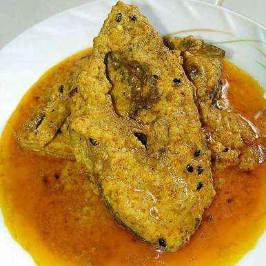 Photo of Hilsa fish in curd gravy by Tamali Rakshit at BetterButter
