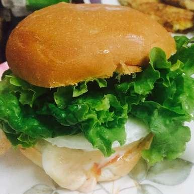 Photo of 2 mins Egg Burger by Suktara Pereira at BetterButter