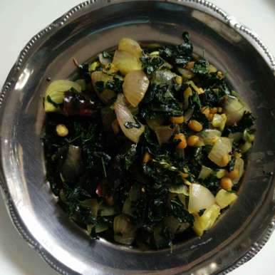 Drumstick leafs fry recipe in Telugu,మునగాకు యిగురు, రమ్య వూటుకూరి