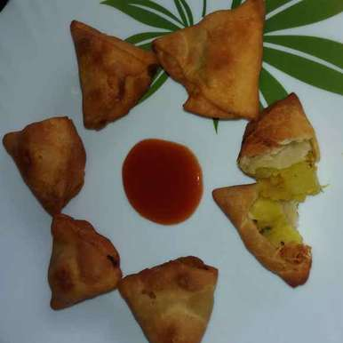 Photo of ALOO SAMOSA by రమ్య వూటుకూరి at BetterButter