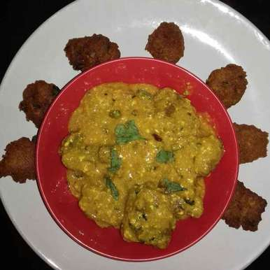 Photo of Motordaler Pakoda Kadhi by Tumpa Roy at BetterButter
