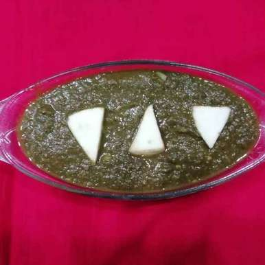 Photo of Palak paneer by Urvashi Belani at BetterButter