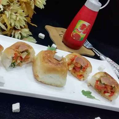 Photo of Paneer Tikka Stuffed Buns by Urvashi Belani at BetterButter
