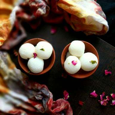 Photo of Bangali rasgulla by Vandana Jangid at BetterButter