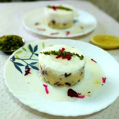 Photo of Layali lubnan (semolina pudding) by Vandana Jangid at BetterButter