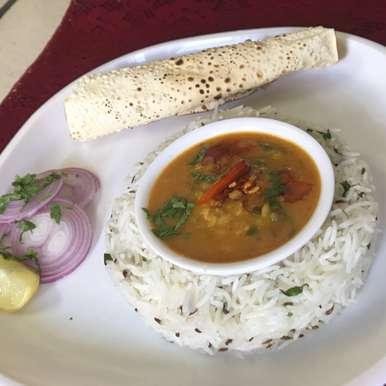 Photo of Dal Palak with tadka and jeera rice by VANDANA THAKAR at BetterButter