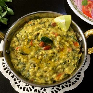 Photo of Oats Khichdi with Methi Leaves by Vanitha Bhat at BetterButter