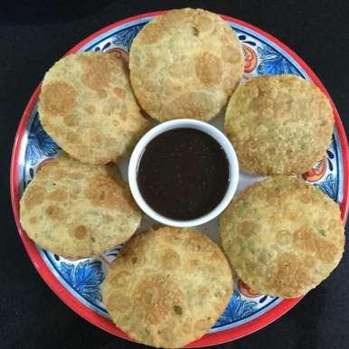 Photo of Biscuit Rotti/Mangalore Kachori by Vanitha Bhat at BetterButter