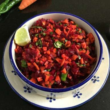 Photo of Healthy Raw Carrot and Beetroot Salad by Vanitha Bhat at BetterButter