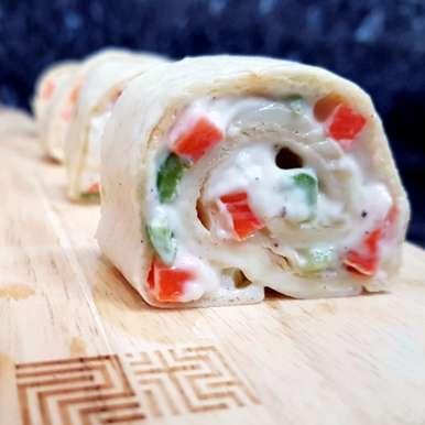 Vegetarian Tortilla Pinwheels, How to make Vegetarian Tortilla Pinwheels