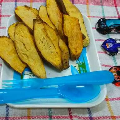 Photo of Baked Sweet Potatoes by Zeenath Muhammad Amaanullah at BetterButter
