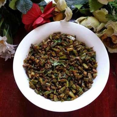 Photo of Long Beans Stir Fry... by Zeenath Muhammad Amaanullah at BetterButter