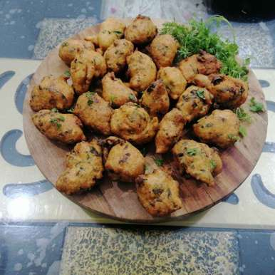 Photo of Mixed Lentils and Green Vegetable Pakoras... by Zeenath Muhammad Amaanullah at BetterButter