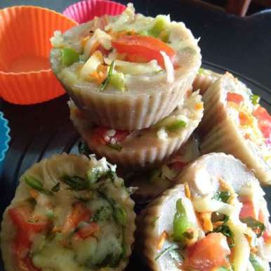 Photo of Brown bread veggie idli cup cake by Zulekha Bose at BetterButter