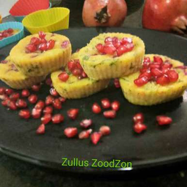 Photo of Bache hue chaval aur cheese se bane anar idli cup cakes by Zulekha Bose at BetterButter